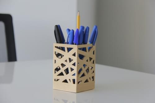 3D Printed Zigzag Pen Holder