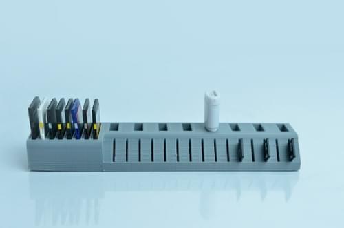 3D Printed USB/SD Holder