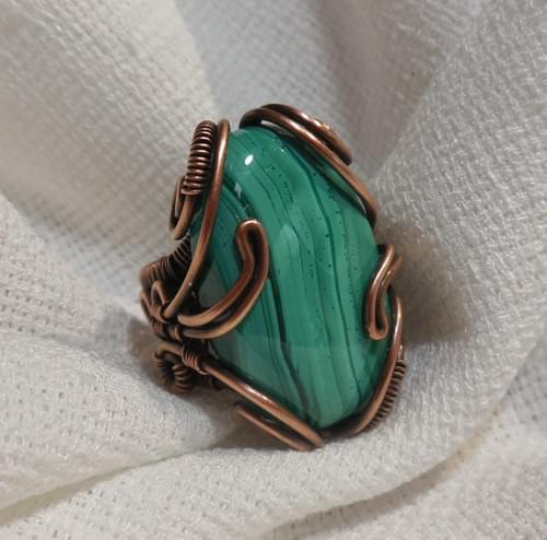 Anello Ricamato in Rame e Malachite