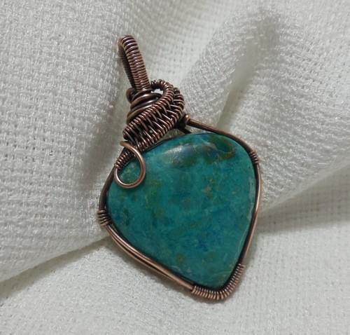 Ciondolo Amuleto in Crisocolla e Rame