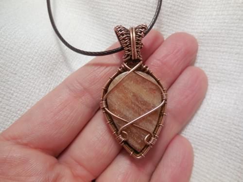 Ciondolo Amuleto in Eliolite (Pietra del sole) e Rame