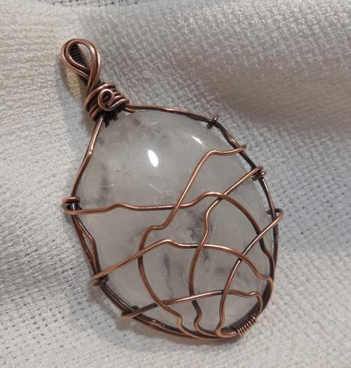 Grande Ciondolo Amuleto in Quarzo e Rame