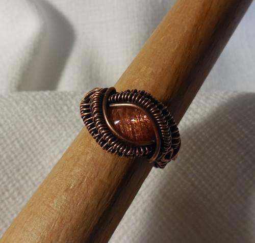 Anello Occhio di Drago in Rame e Pietra del Sole (Eliolite)