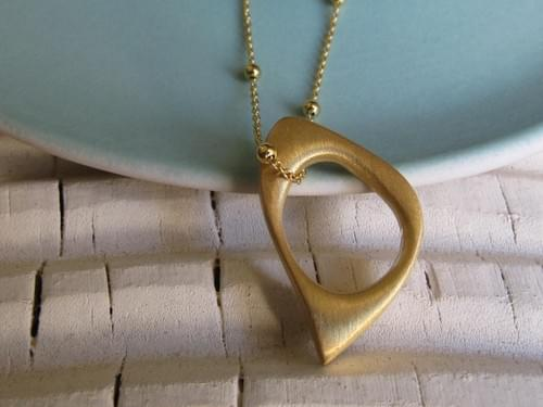 One Gold Quirky Oval Pendant