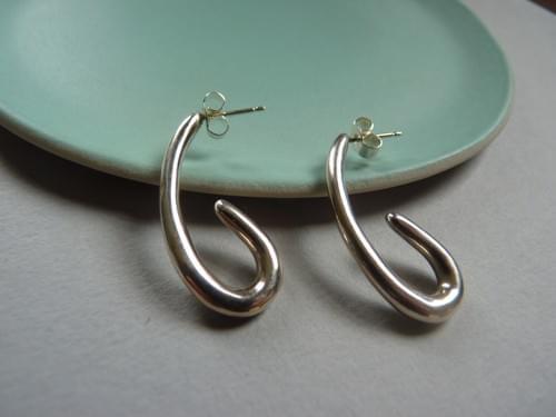 Infinity Curve Drop Earrings