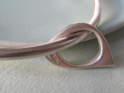 One Quirky Oval Silver Bangle