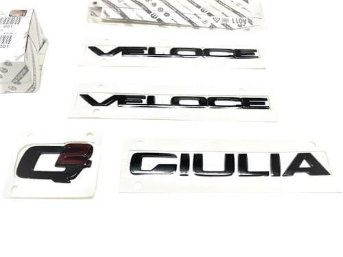 アルファロメオ 純正 GIULIA VELOCE Q2 ブラッククローム エンブレムキット