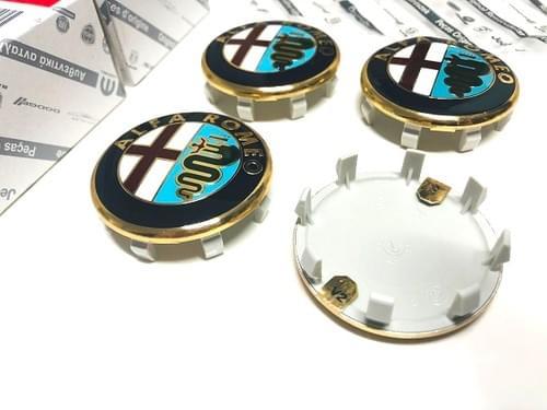 アルファロメオ 純正 50mm ホイールセンターキャップキット(ゴールドタイプ)