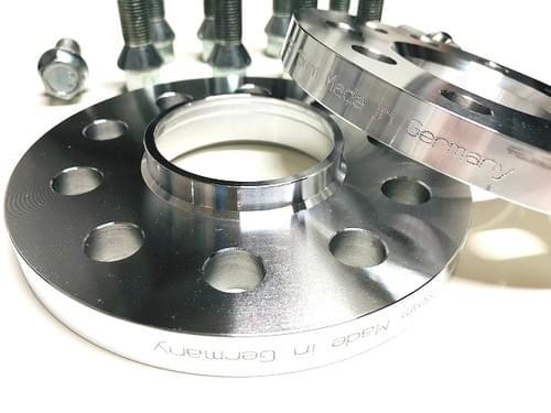 アルファロメオ 4C/4C SPIDER 20mm ホイールスペーサー & ボルトキット
