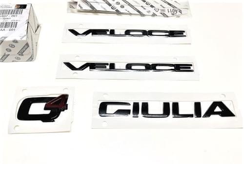 アルファロメオ 純正 GIULIA VELOCE Q4 ブラッククローム エンブレムキット