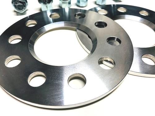 アルファロメオ ジュリア 5mm ホイールスペーサー & ボルトキット