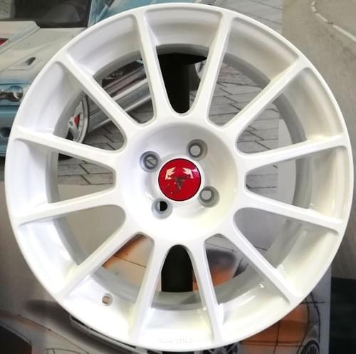 アバルト 500/595 12-SPOKE 17インチホイール セット(ホワイト)