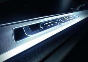Lexus RC Illuminated Door Sill Set