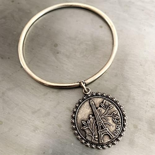Dangle Bangle Paris Medallion