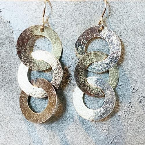 Flat Hammered Silver Links Earrings