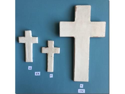 Croix murale Céramique blanche