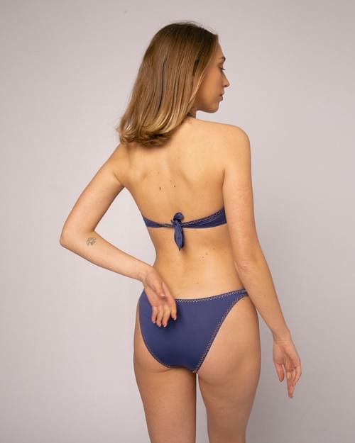 Bikini Halter Liso Índigo Bordado Bicolor