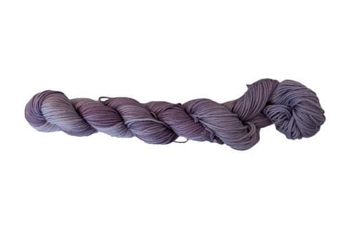 Sashiko Thread #027 (19-12) Logwood Purple Variegated