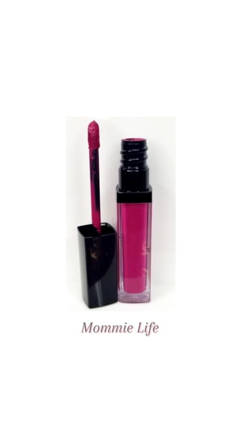 Mommie Life Matte Lipstick