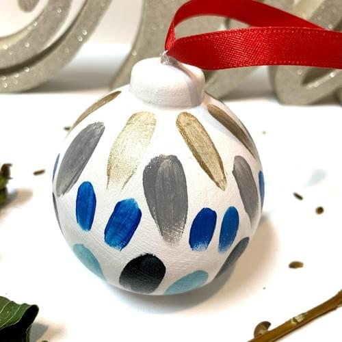 #08, Hand Painted Ornament