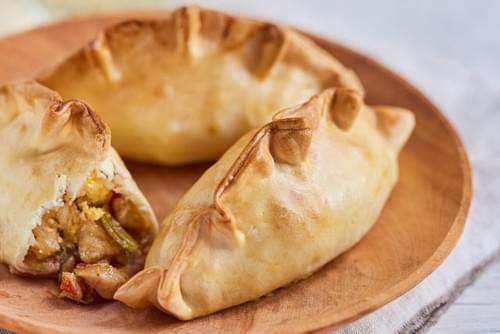 PEQUENES- Empanada de cebolla caramelizada- VEGANOS- (Min 4 Uds.)