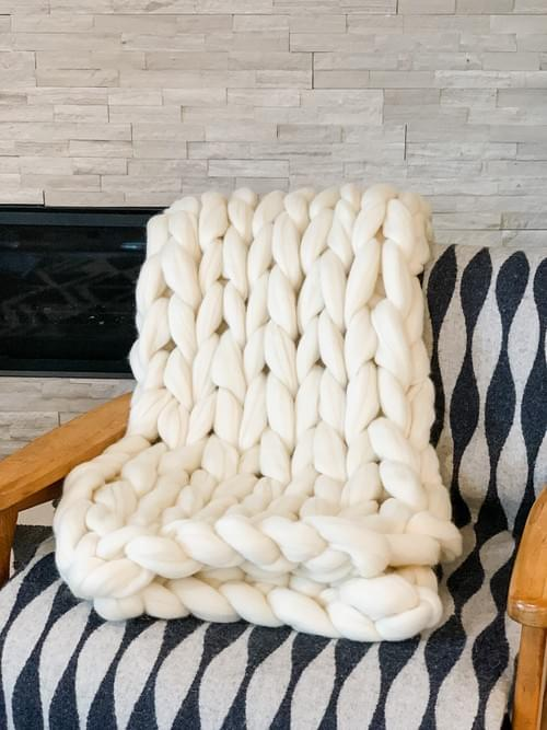 Giant Knit Blanket Online- Feb 28