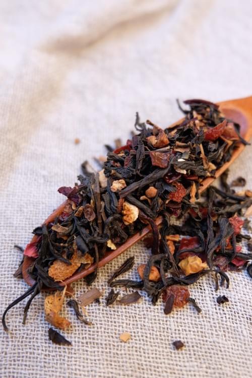 Thé de Noël (thé noir du Yunnan, fruits & épice) 100gr