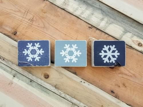 I (heart) U/Snowflakes Reversible Blocks