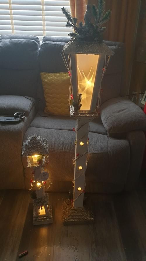 Battery Operated Wooden Christmas Lamp Post's