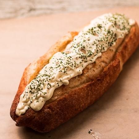 限定本数!スーパーホットドッグトリソー(鶏100%)」セミハードパン