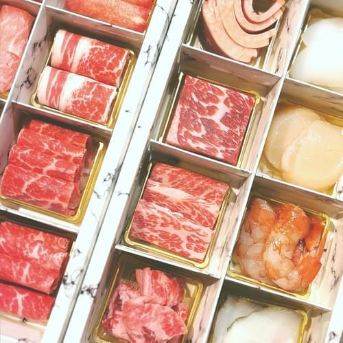 四時雙人極上套餐 四時輕燒肉最頂級的海陸套餐(16格)