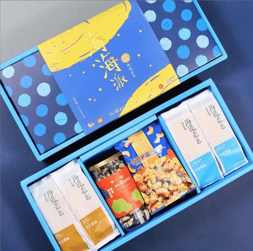 【海邊走走】中秋海海派綜合蛋捲禮盒 (贈中秋謝卡)