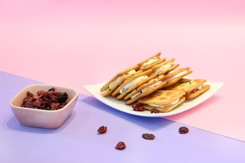【海邊走走】蔓越莓牛軋蘇打餅