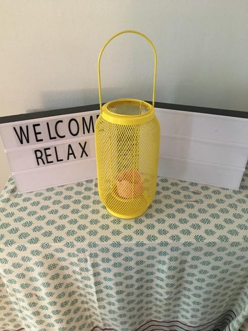 Lampe jaune HABITAT