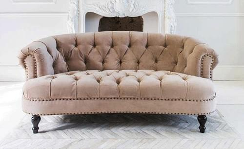 Tugted Sofa