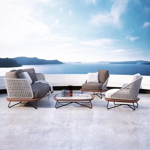Deluxe outdoor sofa set