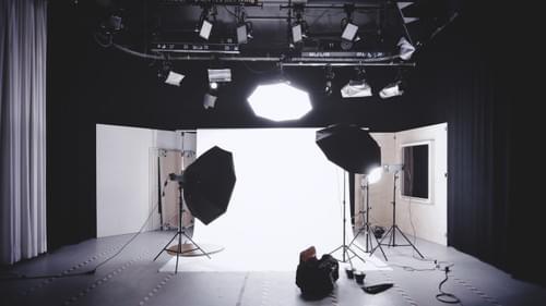 Conception et équipement du studio audiovisuel