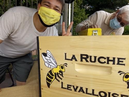 Un Peace de Michaël et ses abeilles...