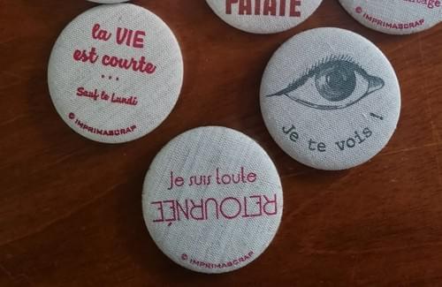 Badge en tissu *impression artisanale*