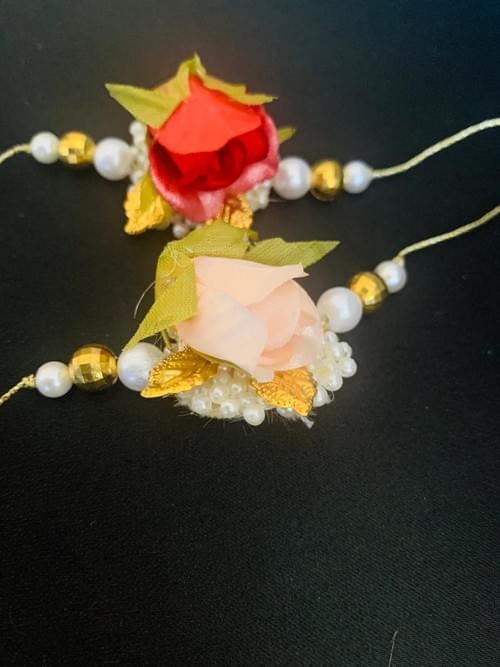 Rose Rakhi