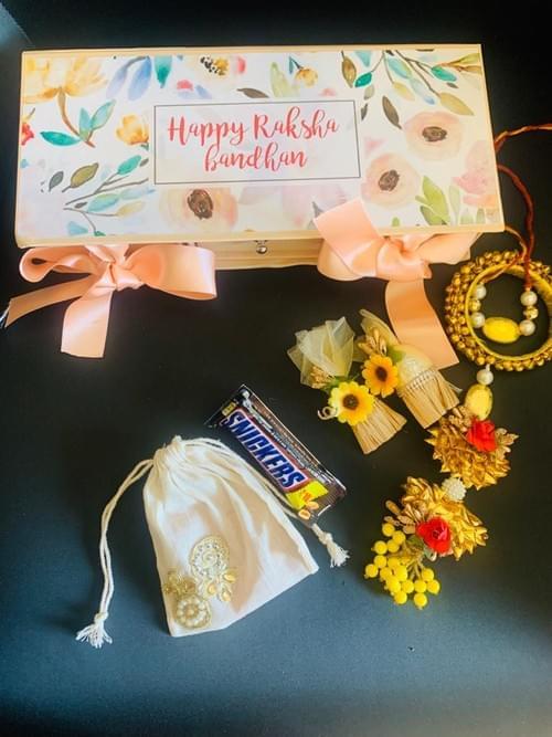 Rakhi gifting boxes