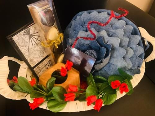 Customized Hampers