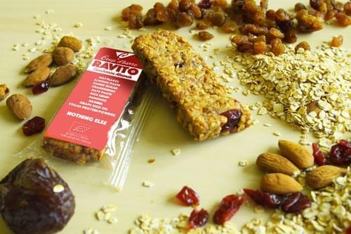 Rravito cranberries almonds  (fom 2,39 € / bar)