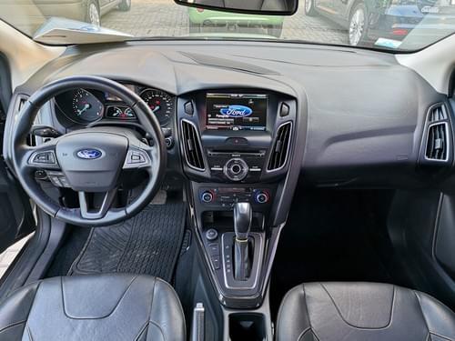 Ford Focus Titanium 2016  | 60  x  385 USD