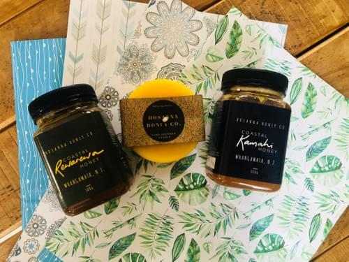 Goodness Gift Pact (x1 500gm jar each of Rewarewa & Kamahi Honey +  x1 small Bowl Beeswax Candle