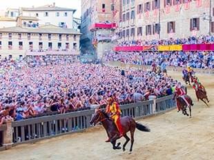 意大利鍚耶納賽馬節策騎8天之旅