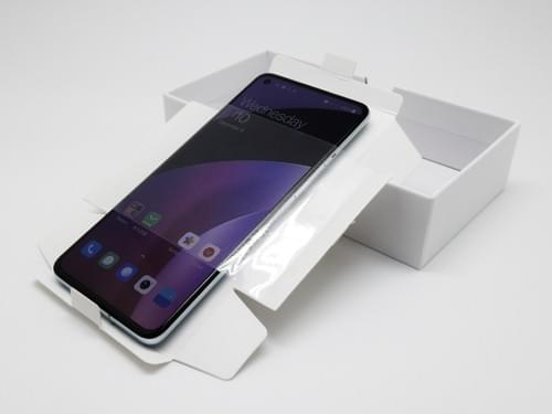 All in one universal white boxes for used phones(Without Accessories)