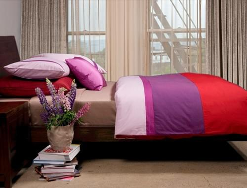 BEACON SN.405 – RED & PURPLE BEDDING COLLECTION