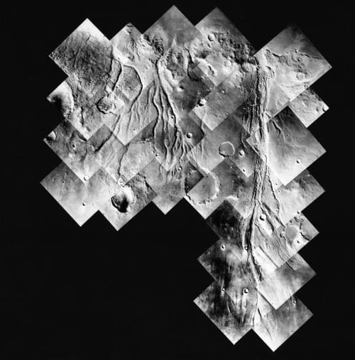 Outflaw rivers on Mars : a major discovery of the Viking program, Viking Orbiter 1, July 1976