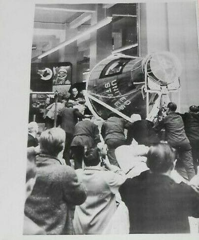 Nasa 1962  John Glenn's Spacecraft